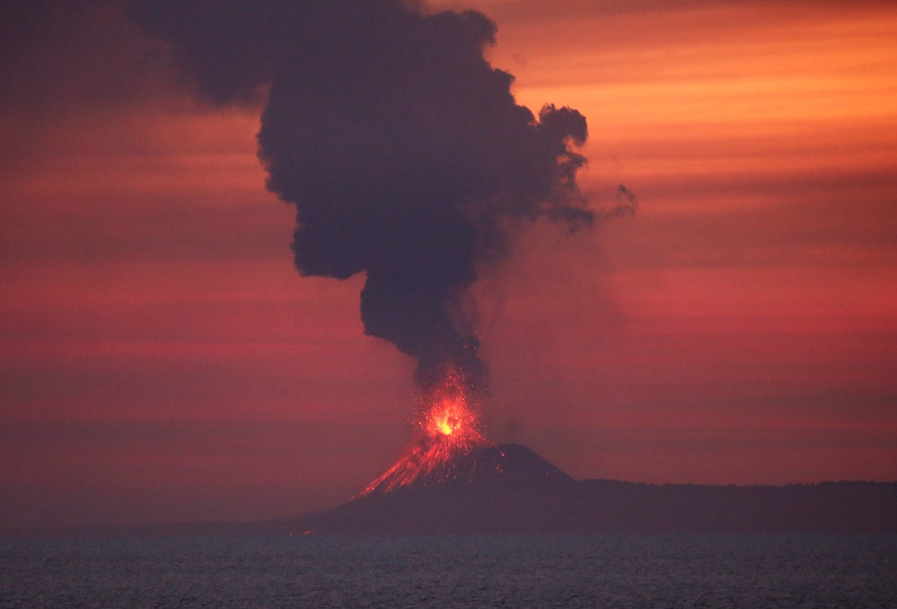 Anak Krakatoa 6