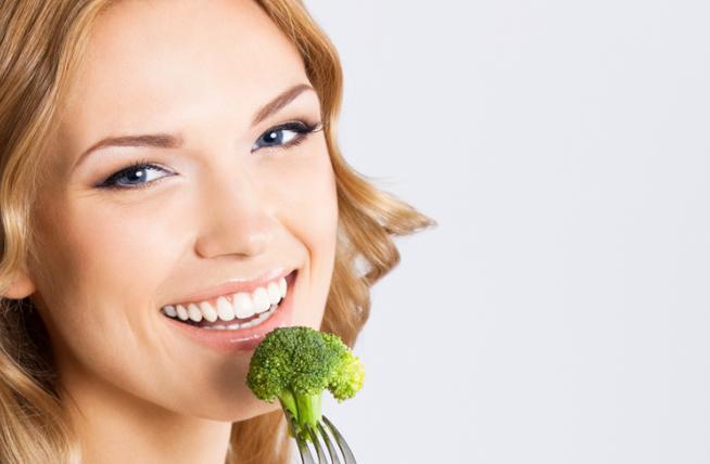 Comendo Brócolis 4