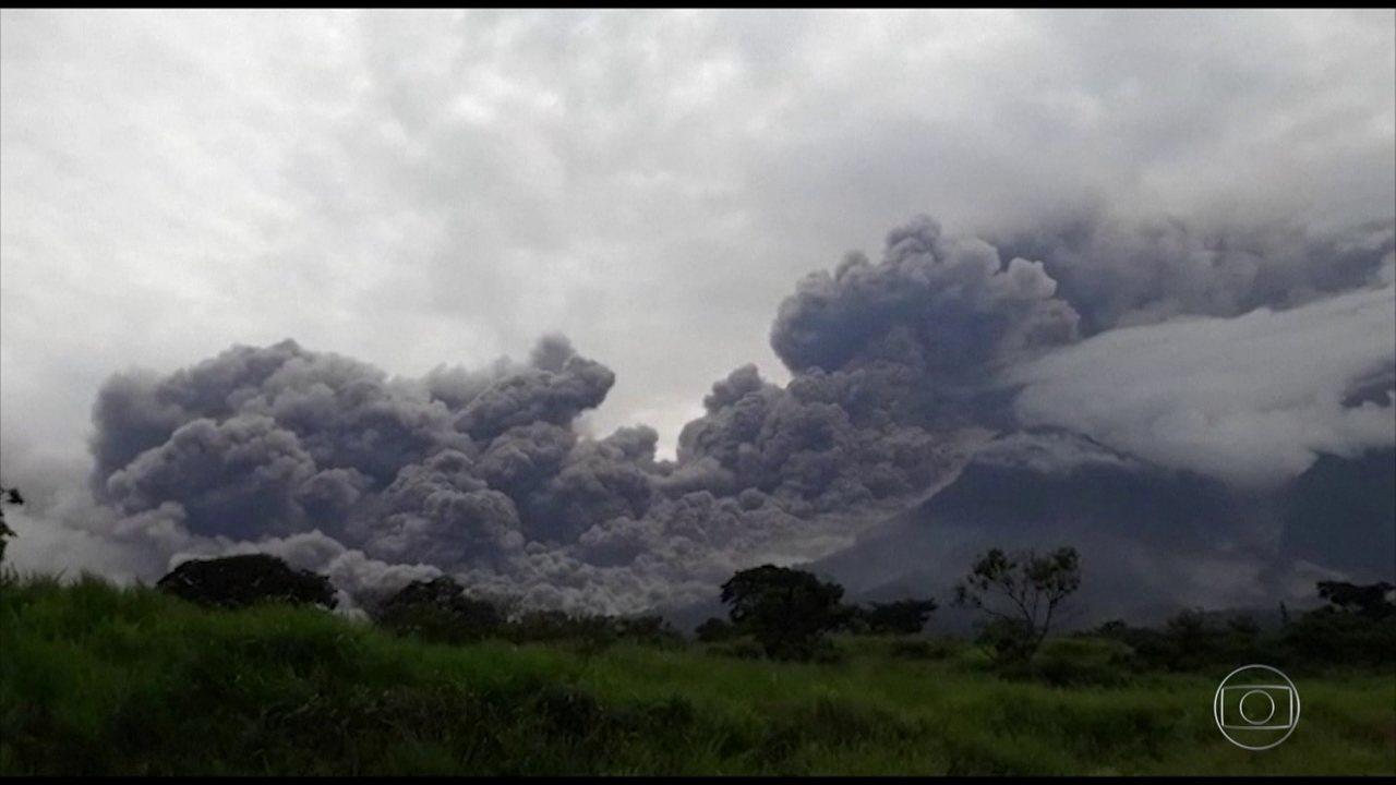 Vulcão de Fogo na Guatemala 4