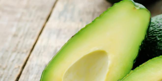 Comer Abacate com Açúcar Faz Bem? E Abacate Batido?