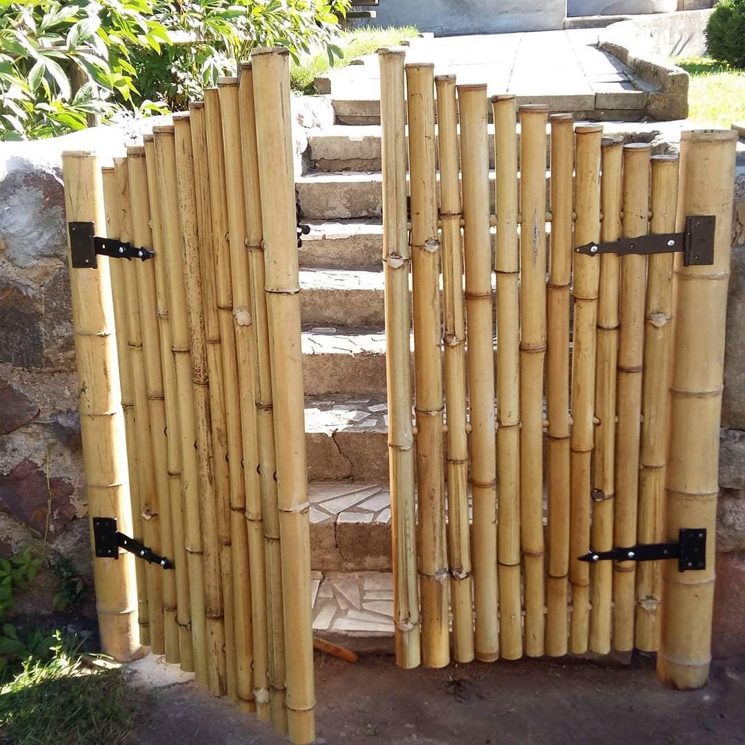 Portão Fabricado com Bambu Trepador